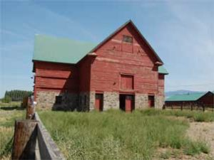 Red-Barn---Historical